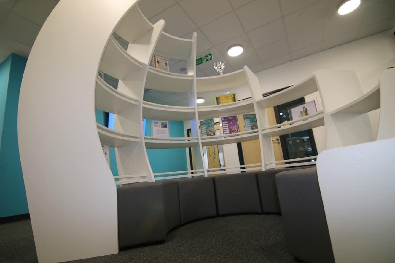 BrookhouseUK - Hamadryad Primary School Library
