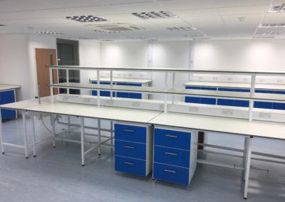 BrookhouseUk - Science Laboratory
