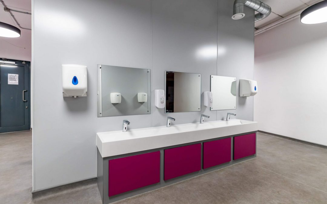 How School Washroom Quality Enhances Student Experience