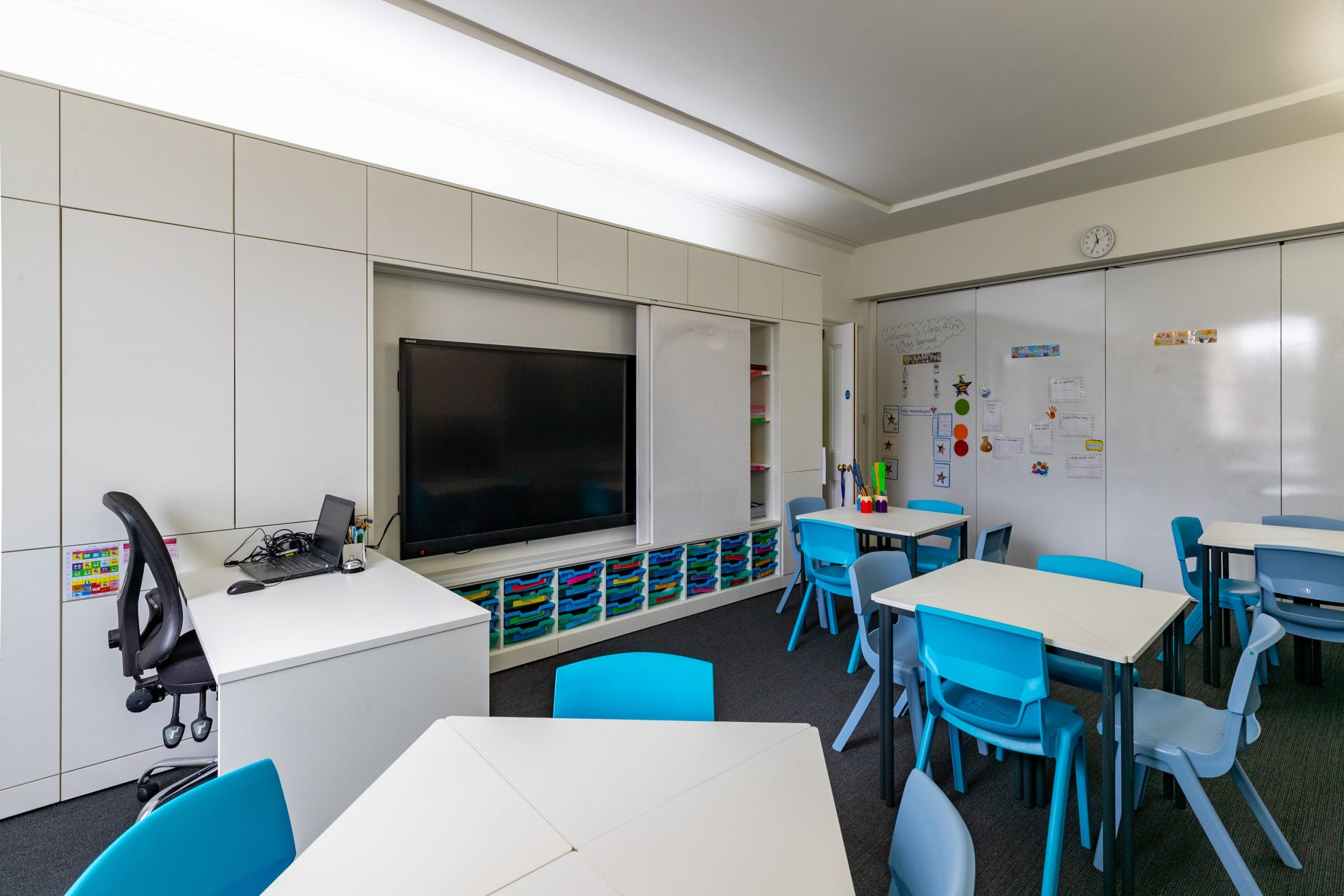 BrookhouseUk Eaton Square - Teacher wall classroom