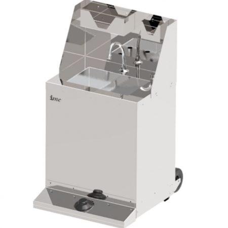 BrookhouseUK Education Junior Mobile Hand Wash Station with Splashback, Soap & Paper Towel Holder